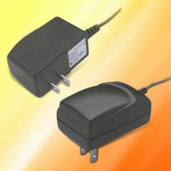 Facotory Price 12V1a Universal Tablet Charger / AC Adapter/Adaptor
