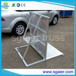 1200mm Height Crowd Control Barrier with Safety Slope for Sports