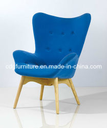 W117 Clover Chair Wooden Fabric Chair