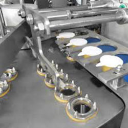 Water Cup Rotary Filling and Sealing Machine Milk Filling Cupping Sealing Machine