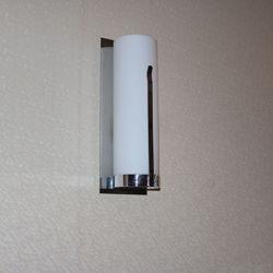 Modern Hotel Decorative Opal White Glass Bedside Wall Lamp