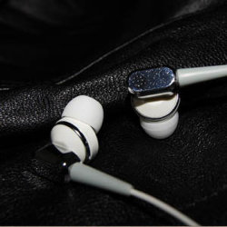Plastic In-Ear Sport Earphone E-P126