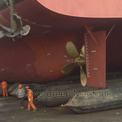 Shipyard Use Marine Rubber Launching Lifting Salvage Airbag for Ship