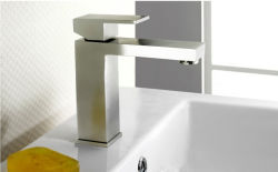 Lavatory Cabinet Stainless Steel Bathroom Basin Tap with Watermark Certificate