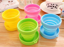 FDA Approved Portable Silicone Camping Mug Collapsible Folding Travel Cup for Hiking Camping Outdoor Sports with Lids