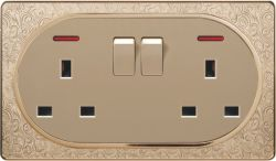 Pattern Design Metal Surface Double 13A Square-Pinned Wall Socket and Two Gang Wall Switch