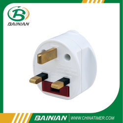 Travel Adaptor with 13A BS Fuse