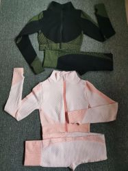 Women Sportswear Sports Suit Fitness Wear Workout Clothes Seamless Shapewear Suit Gym Wear Set