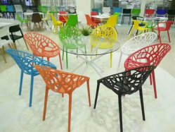 Durable Plastic Beach Wedding Dining Chiavari PP Chair for Garden