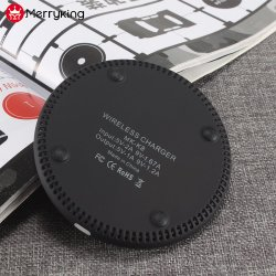 New Design 5V 1A 9V 1.1A Wireless Fast Charger for Mobile Phone/iPad