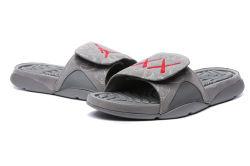 c5a7185bbcd9 2018 Black Rubber Slide Sandal Slippers Green Red White Stripe Fashion Design  Men Women with Box