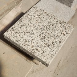 Own Quarry G3784 Golden Sesame Granite Tile For Outdoor Use