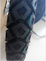 Qingdao High Quality Motorcycle Tyre 300-18