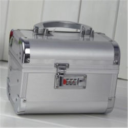 Manufactures Silver Aluminum Double Open Travel Makeup Vanity Case