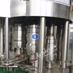 Factory Direct Sell Turnkey Pet Bottled Drinking Water Bottling Plant Cost Price