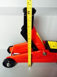 High Quality Ce GS TUV Approved Hydraulic Floor Jack Trolly Jack (HFJ-A)