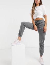Factory Customize Apparel for Women Sports Wear
