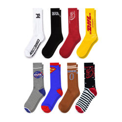 OEM Logo Cotton Athletic Terry Sport Sox Crew Man Sock