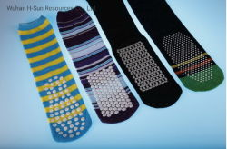Colors Friendly Cotton High Quality Fashion Man Woman Children Custom Happy Sports Non-Slip Wholesale Stockings Socks