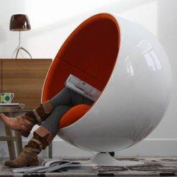 Designer Eero Aarnio Egg Pod Fiberglass Ball Chair