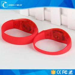 China Wholesale Customized Flashing LED Wristband
