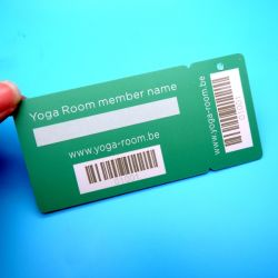 Combo snap off card for loyalty card and membership card programs