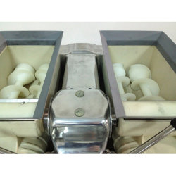 Automatic Chocolate Filled Cookies Making Machine