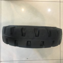 Different Types of Solid Forklift Tires