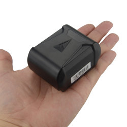Strong magnetic GPS Tracker GT018 Real-time tracking locator Long standby time