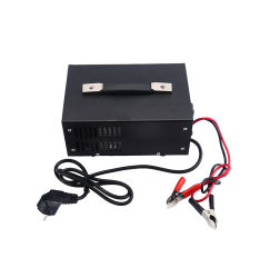 12/24V Auto. Detection 50A Automatic 7 Stage Battery Charger with Digital Display
