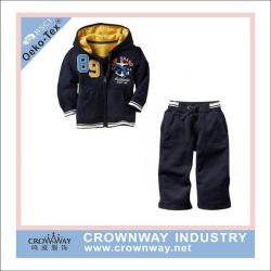 New Fashion Boys Hoody Fleece Sweater Suits with Embroidery (CW-BKIDS-SW38)