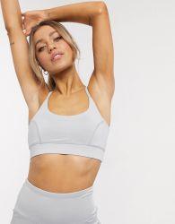 Fashion Design Fitness Sports Wear Yoga Bra and Leggings Yoga Gears