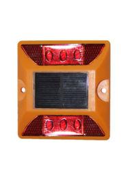 赤いフラッシュ軽い太陽電池パネルLEDのプラスチック道のスタッド