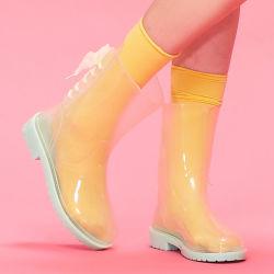 Venda por grosso de forma mais barata Lady PVC transparente capa de chuva