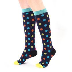 Viajes Unisex aliviar el dolor de los calcetines de compresión para la ejecución de ejercicios de vuelo alto varicosas deportes outdoor calcetines calcetines Antifatiga