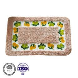 反スリップの乳液の裏付けが付いている洗濯できる柔らかい浴室のカーペット