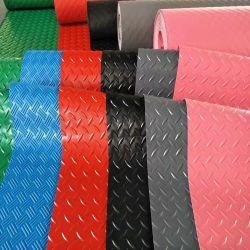고품질 주문 플라스틱 빈 압출기 나사 PVC 지면 매트 생산 라인