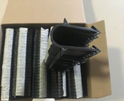 Clip en plastique des clous pour la fixation de tuyaux de chauffage au sol