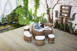 Gartenmöbel Für Den Tee Im Freien Mit Wicker