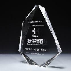 Trofeo di cristallo trasparente del cristallo dell'iceberg