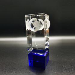 De nieuwe Vierkante Trofee van het Golf van het Kristal kent Blauwe Basis toe