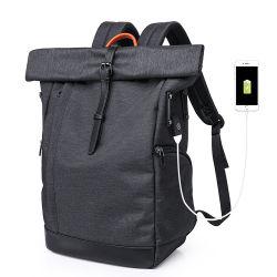 大きい容量の反盗難スポーツのUSBの充電器が付いている走行のコンピュータの防弾バックパックのラップトップ15.6