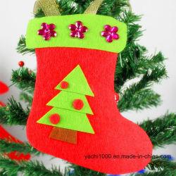 クリスマスの装飾のためのプラシ天のクリスマスの靴