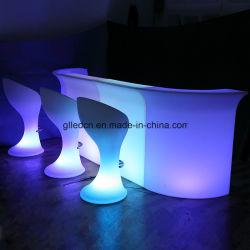 Voyant allumé les lumières RVB de comptoir de bar pour les événements de table
