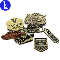 Custom тиснение название торговой марки цинка с логотипом сплава металлические этикетки бирки для одежды мешки