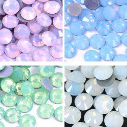 Kingswick Mischungs-Größen-Kristallheißer Verlegenheitopalrhinestone GlassteinStrass Eisen auf Rhinestones für Hochzeits-Kleid