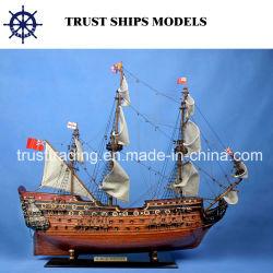 Modèle en bois artisanal navire personnalisé