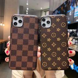 الجملة بالجملة الهاتف المحمول حقائب الملحقات فاخرة العلامة التجارية تصميم حقيبة بالنسبة إلى iPhone 6 7 8 Plus X XS XR لـ iPhone 11 12 PRO Max Cover Cute Phone Cover CCase مع الشعار