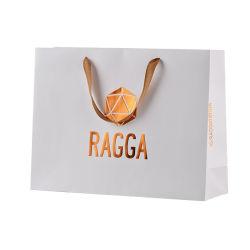 贅沢なギフト袋の衣類のためのカスタムペーパー包装のショッピング・バッグか紙袋