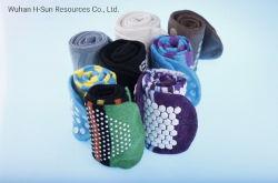 Farben-freundlicher Baumwolqualitäts-Form-Mann-Frauen-Kind-kundenspezifischer glücklicher Sport-rutschfeste Großhandelsstrumpf-Socken